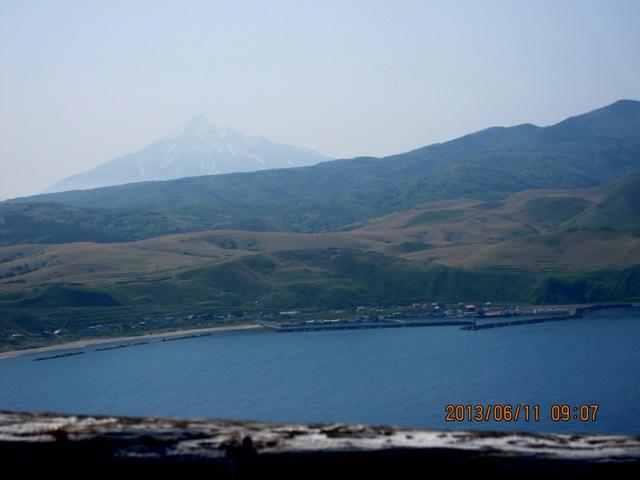 IMG_0204ゴロタ岬からの利尻岳.JPG